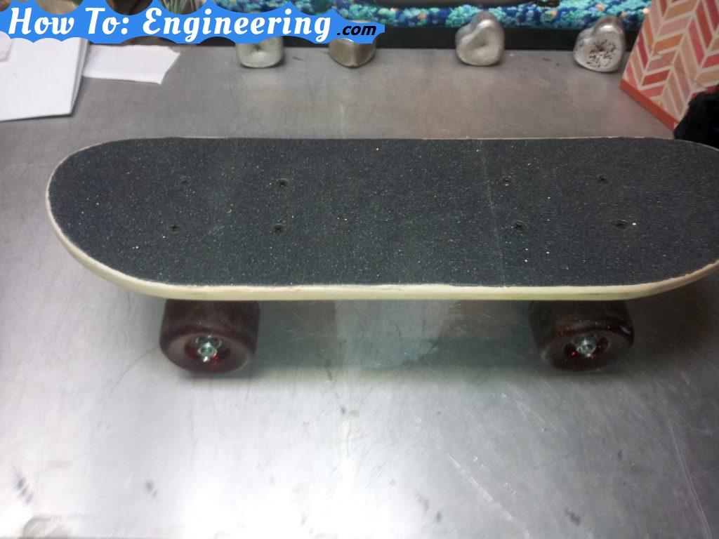 Skateboard face up